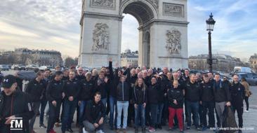 Paris, Paris, wir sind schon in Paris: Das 'Concept2 Team Germany' vor dem Arc de Triomphe