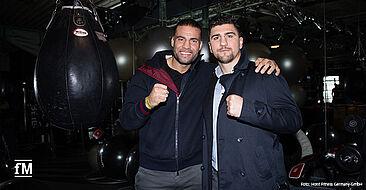Boxer unter sich auf der Fitnessmesse bei HOIST: Der ehemalige Boxweltmeister Marco Huck (rechts) und der amtierende Schwergewichtsweltmeister Manuel Charr.