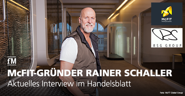 Orange-Redaktionsleiter Andreas Dörnfelder interviewt Rainer Schaller in dessen Penthouse in Berlin Prenzlauer Berg.