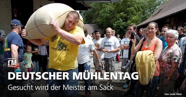 Gesucht wird der Meister am Sack: Kraftsportler tragen 100 Kilogramm Mehlsack.
