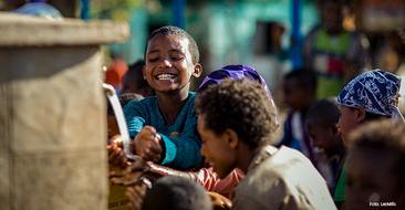 Spendenaktion des UN-Kinderhilfswerks für sauberes Trinkwasser in Ostafrika.