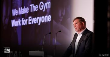 Fitness-Vordenker und -Unternehmer Mario Görlach bei seinem Vortrag auf dem EGYM Kongress 2020