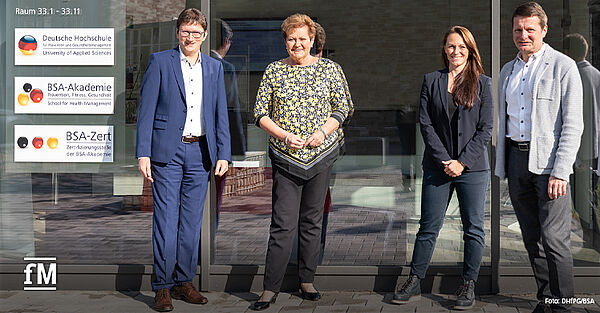 Saarlands Gesundheitsministerin Monika Bachmann (2.v.l.) hat die DHfPG besucht und sich unter anderem mit Professor Dr. Sarah Kobel (2.v.r.), Professor. Dr. Arne Morsch (rechts) und Professor Dr. Jörg Loth ausgetauscht.