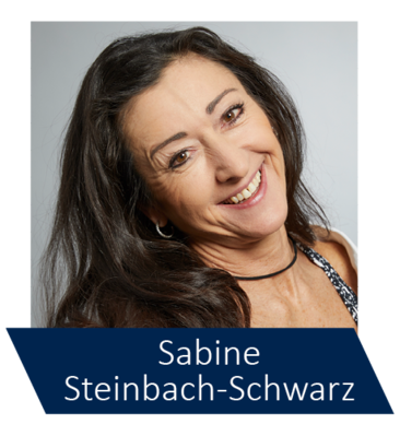 Sabine Steinbach-Schwarz ist Diplom-Sportwissenschaftlerin, Fachtrainerin für Fitness, Gesundheit und Prävention und leitet ihr eigenes Fitnessstudio mit dem Schwerpunkt funktionales Training.