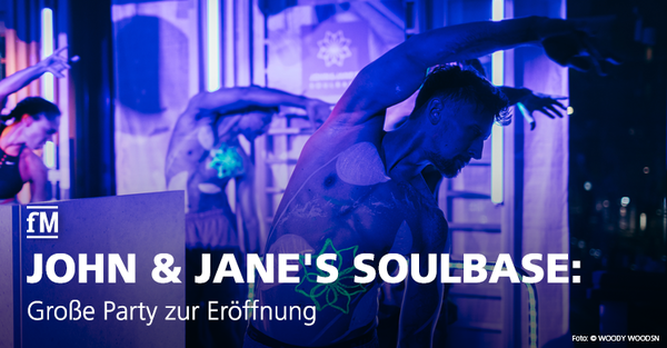 John & Jane's Soulbase in Berlin eröffnet mit prominenten Gästen, Ballett und Musik.