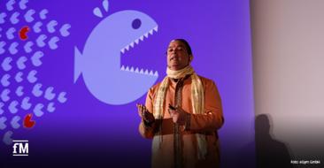 Top-Keynote-Speaker und Motivator Sanjay Sauldie bei seinem Vortrag über die Auswirkungen digitaler Transformation auf die unterschiedlichsten Industrien beim EGYM Kongress 2020