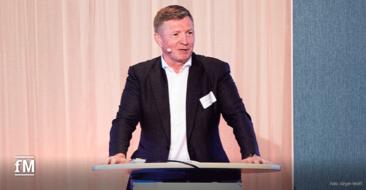 EGYM Kongress 2021: Mario Görlach bei seinem Impulsvortrag auf dem EGYM Kongress in Hamburg