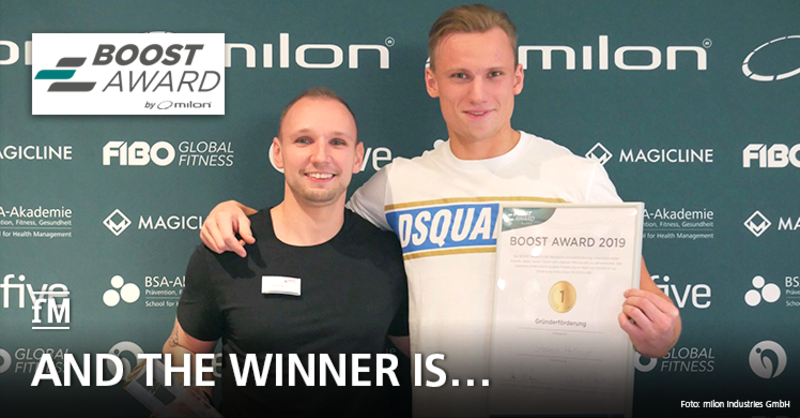 So sehen Sieger aus: Der Gewinner in der Kategorie 'Gründerförderung' Steven Helvogt (links) und Jan-Marc Czerwinski