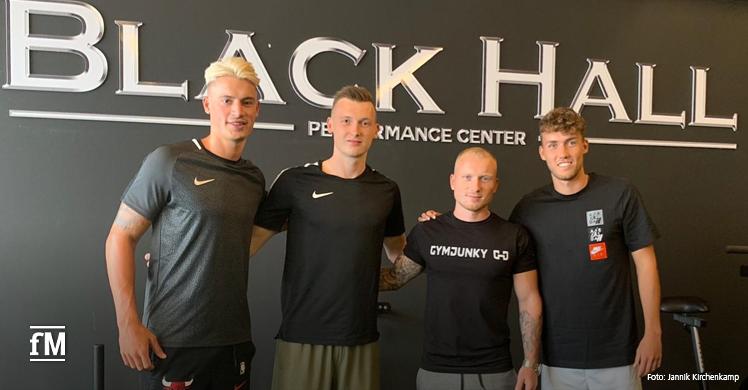 Jannik Kirchenkamp trainiert in seinem Studio Profisportler
