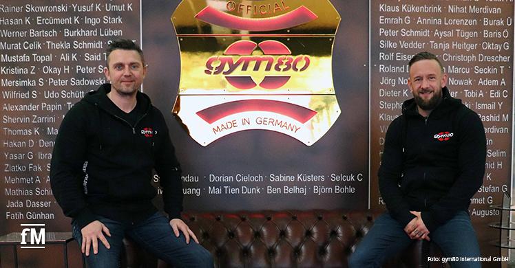 Willkommen bei gym80: Markus Müller (links) ist neuer Vertriebs-Mitarbeiter für Bayern beim Gerätehersteller aus Gelsenkirchen. Vertriebsleiter DACH Ingo Stark begrüßt das neue Team-Mitglied.